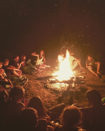 17-campfire-last-night-of-camp